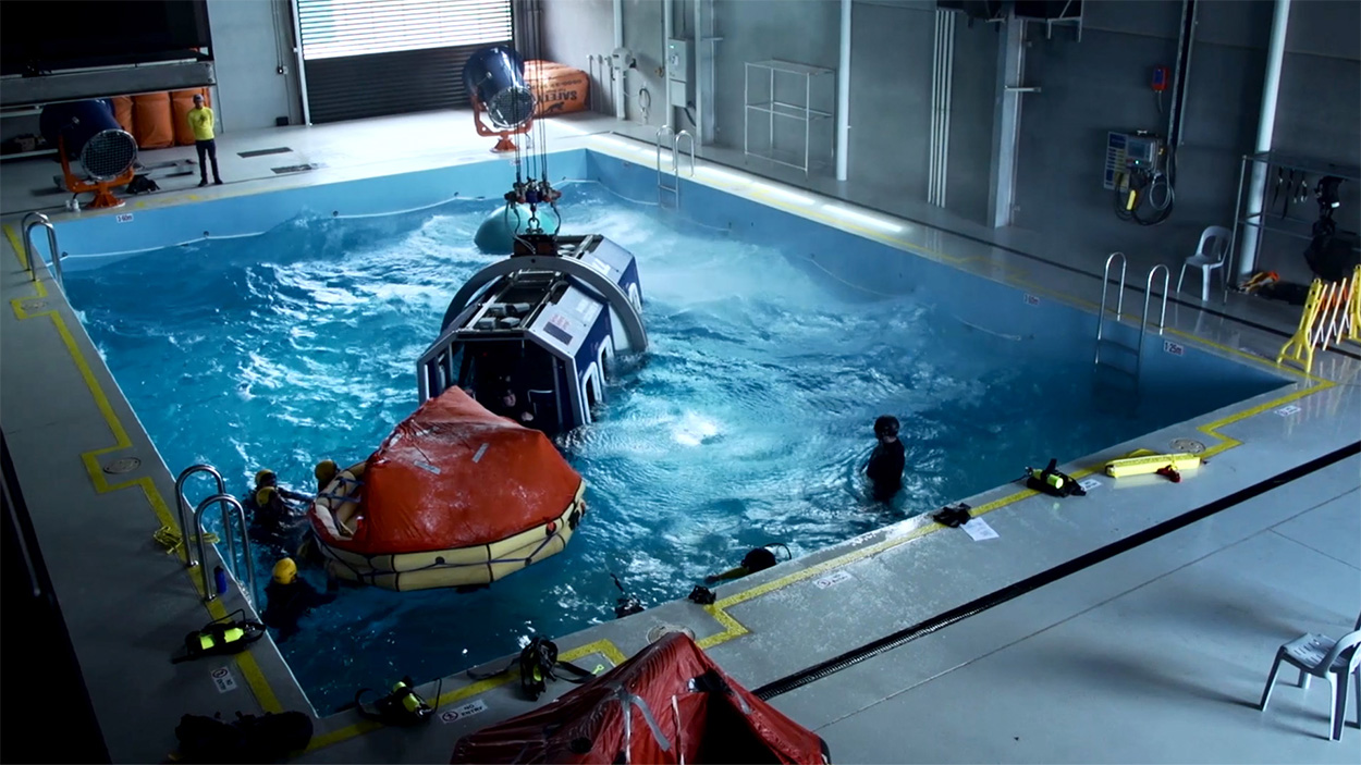 Helicopter underwater escape experience